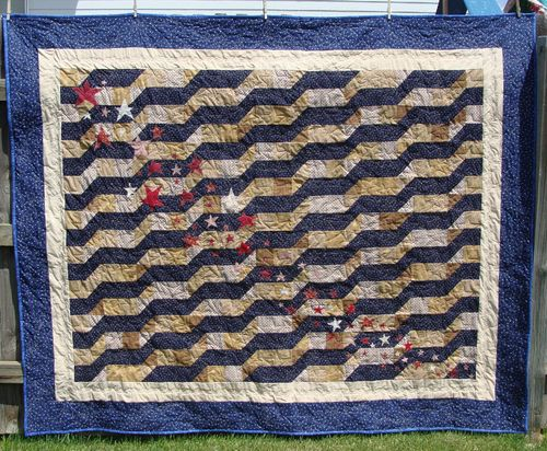 Americanna antiqued quilt 2