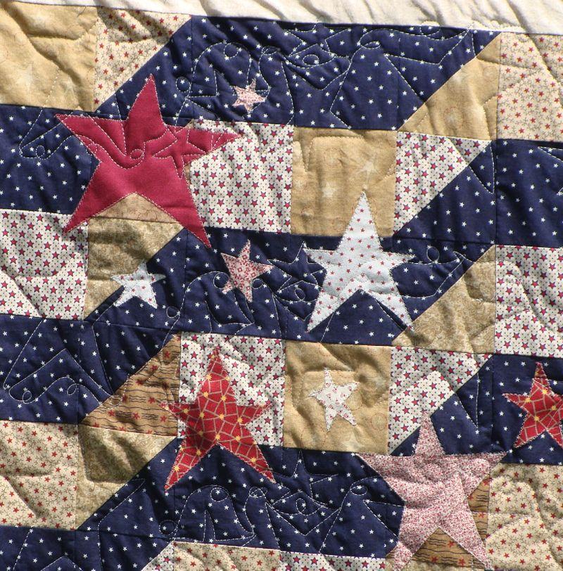 Americanna antiqued quilt 3 closeup